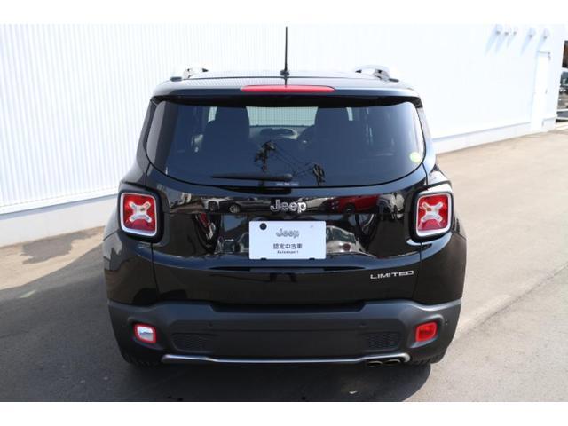リミテッド ワンオーナー、認定中古車、アダプティブクルーズコントロール、キセノンヘッドライト、Bluetooth、ETC、オートエアコン、ブラックレザー、シートヒーター、ステアリングヒーター、(5枚目)
