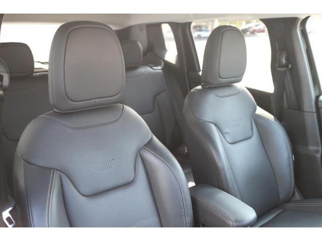 リミテッド ワンオーナー、認定中古車、アダプティブクルーズコントロール、キセノンヘッドライト、Bluetooth、ETC、オートエアコン、ブラックレザー、シートヒーター、ステアリングヒーター、(12枚目)