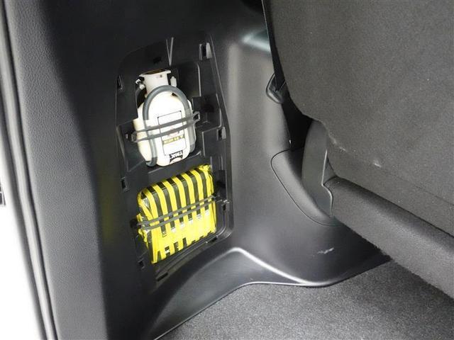 Gi フルセグ メモリーナビ DVD再生 後席モニター バックカメラ 衝突被害軽減システム ETC 両側電動スライド LEDヘッドランプ 乗車定員7人 3列シート アイドリングストップ(17枚目)