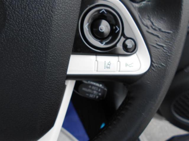 A フルセグ DVD再生 バックカメラ 衝突被害軽減システム ETC LEDヘッドランプ ワンオーナー アイドリングストップ(13枚目)