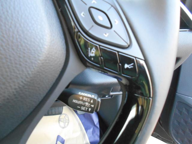 トヨタ C-HR G セーフティーセンス シーケンシャルターンランプ
