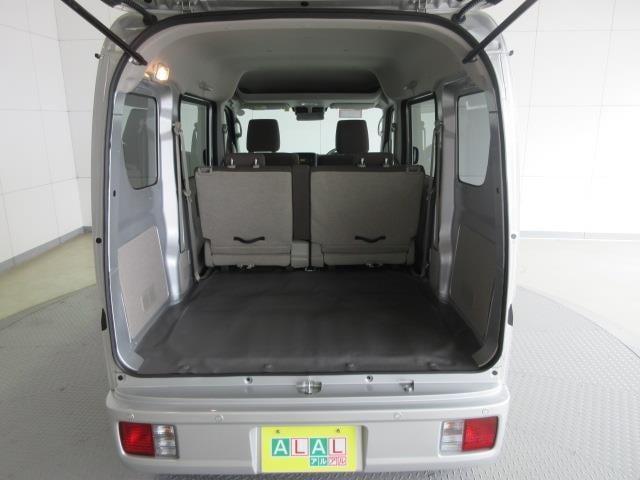 荷台スペースも十分な広さを確保!