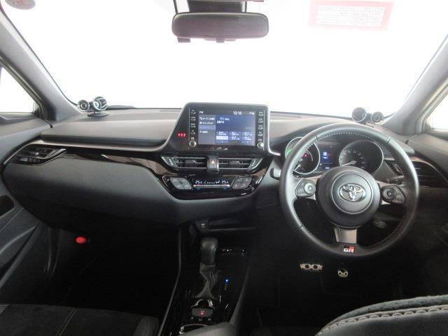 S GRスポーツ フルセグ ミュージックプレイヤー接続可 バックカメラ 衝突被害軽減システム ETC ドラレコ LEDヘッドランプ 記録簿(7枚目)