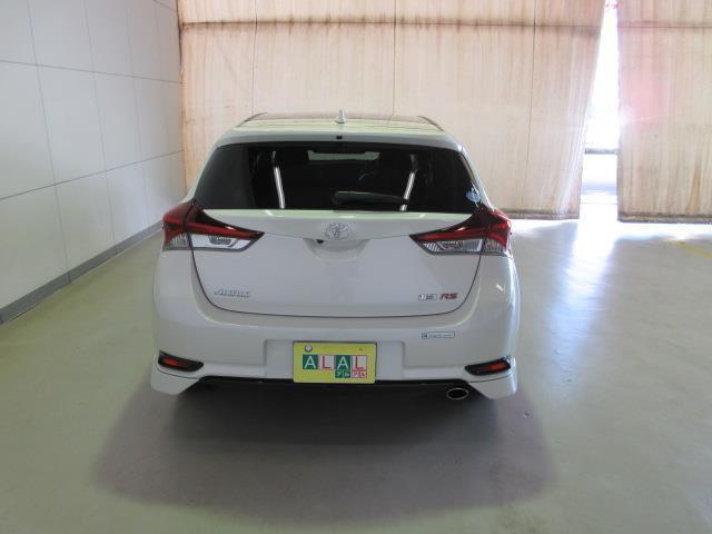 トヨタ オーリス RS
