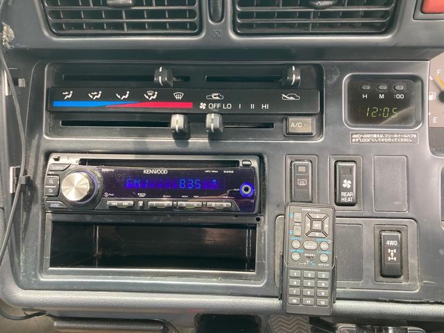SロングDX クルージングキャビンS 2.8Lディーゼル 4WD 5速MT TVナビ バックカメラ ETC スライドドア(8枚目)