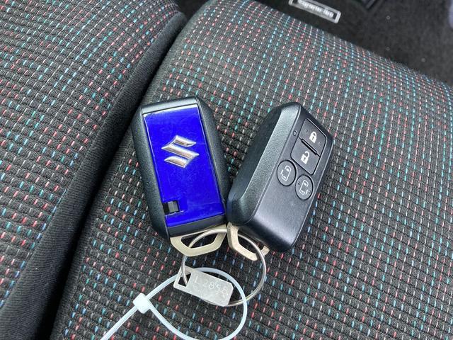 ハイブリッドX 4WD 両側電動スライドドア スマートキー プッシュスタート シートヒーター(11枚目)