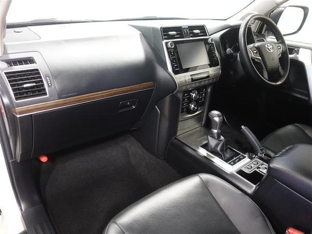 TZ-G 革シート サンルーフ 4WD フルセグ DVD再生 ミュージックプレイヤー接続可 バックカメラ 衝突被害軽減システム ETC ドラレコ LEDヘッドランプ 乗車定員7人 3列シート ワンオーナー(10枚目)
