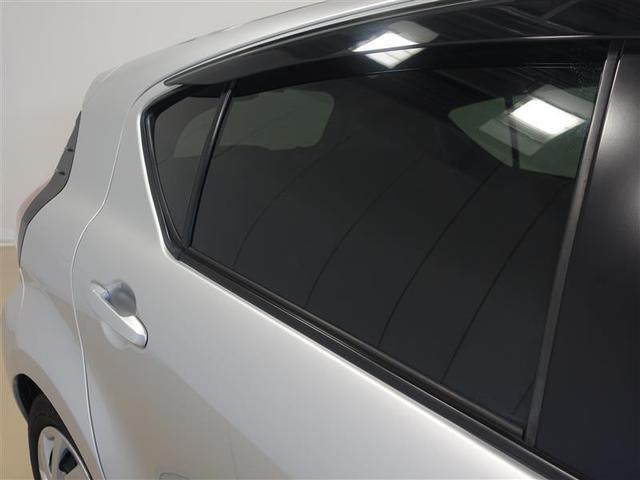 リヤガラスはプライバシガラスを使用しています。