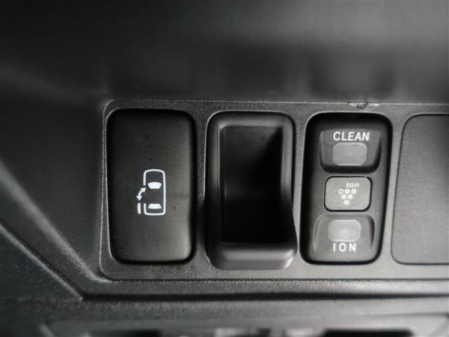 助手席側はパワードアです♪ドライバーシートに座ったままスイッチで開閉が出来ます!