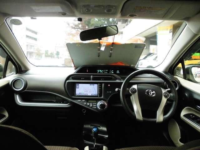 トヨタ アクア G スタッドレス4本付き SDナビTV バックカメラ ETC