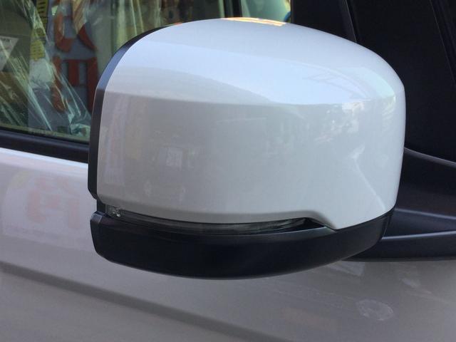 ウインカーミラー 視認性ウインカー付きミラー!ちょっとした事ですがウインカーを相手にしっかり見せれることで防衛運転もバッチリ!デザインと機能を両立させた今ではなくてはならない装備です!!