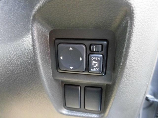 日産 キューブ 15X Vセレクション 地デジナビ 禁煙車 全国ロング保証