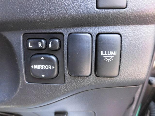 トヨタ bB Z エアロパッケージ 地デジHDDナビ 禁煙 全国ロング保証
