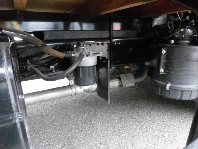 4t積み 高床 平ボディ ショート 3方開 荷台鉄板張り EZGO ワンオーナー 後期モデル 使用車種規制(NOx・PM)適合 180馬力ディーゼルターボエンジン 保証付(30枚目)