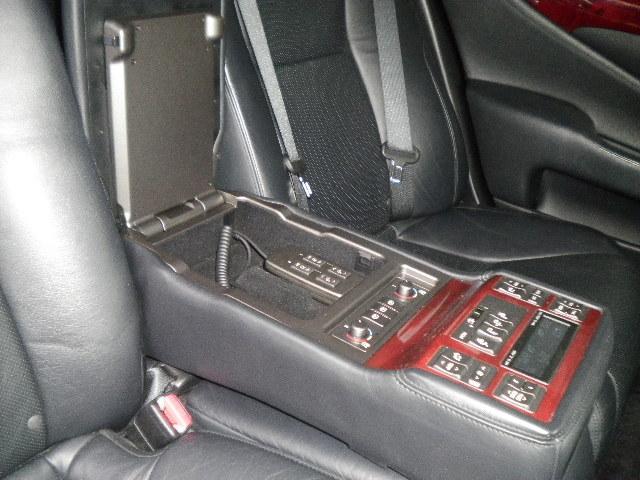 レクサス LS LS460 バージョンU 後期仕様 21インチアルミ付き