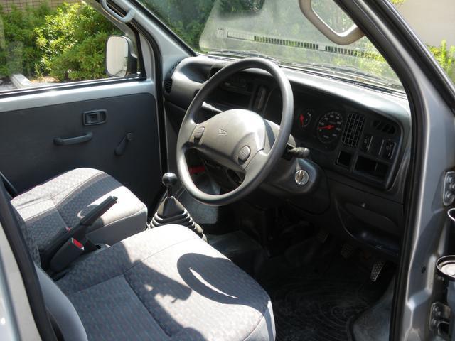 ダイハツ ハイゼットカーゴ DX 5速車 4WD ハイルーフ