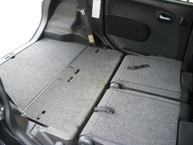 収納式リアシートで大容量の荷物もGOO!