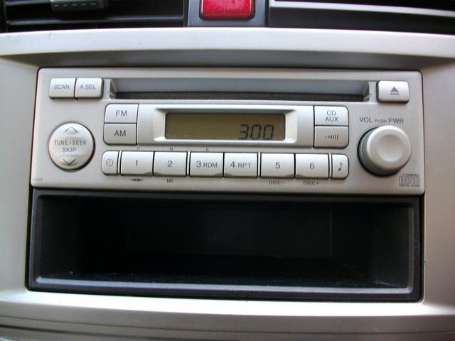 ドライブ快適純正オーディオ装備!