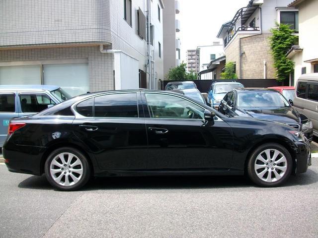 GS350 Iパッケージ 地デジ内蔵純正ナビ Bluetooth搭載 バックカメラ ETC 純正LEDライト 革シート スマートキー車 GOO鑑定車(14枚目)