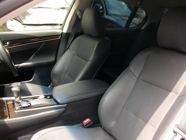 GS350 Iパッケージ 地デジ内蔵純正ナビ Bluetooth搭載 バックカメラ ETC 純正LEDライト 革シート スマートキー車 GOO鑑定車(18枚目)