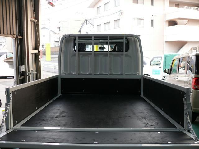 三菱ふそう キャンター Wキャブ全低床2トン登録済未使用6人乗ディーゼルターボETC