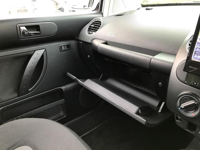 「フォルクスワーゲン」「VW ニュービートル」「クーペ」「広島県」の中古車29