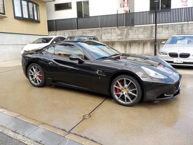 「フェラーリ」「カリフォルニア」「オープンカー」「広島県」の中古車4