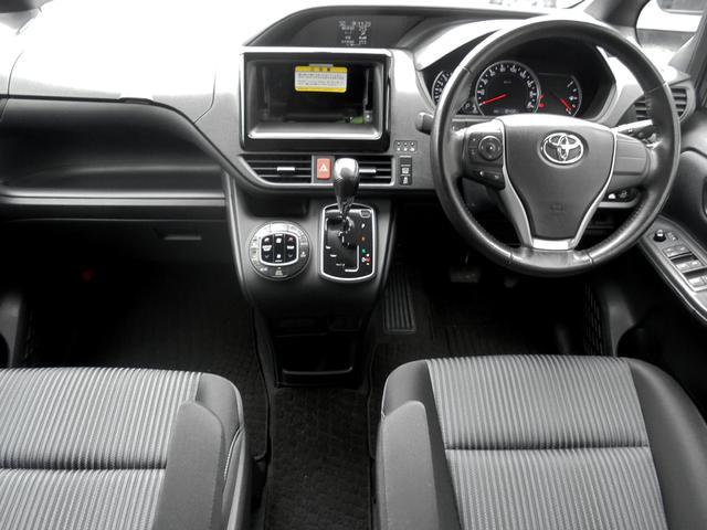 トヨタ ヴォクシー ZS 両側パワースライドドア オプションカラー 試乗車UP