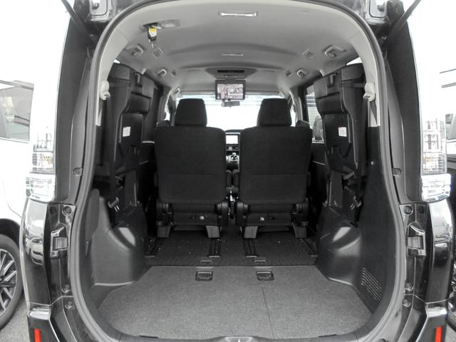 トヨタ ヴォクシー ハイブリッドV 9型ナビTV 11型後席モニター 1オナ