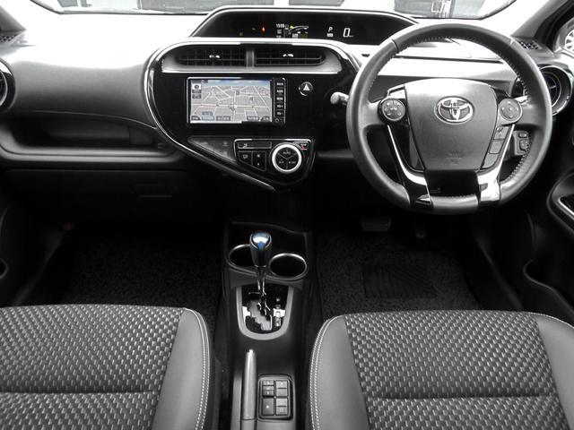 クロスオーバー トヨタセーフティセンス インテリジェントクリアランスソナー 純正ワンセグSDナビ LEDヘッドランプ&スマートエントリー&ナビレディ&ビューティパッケージ 純正アルミ ビルトインETC ワンオーナー車(5枚目)