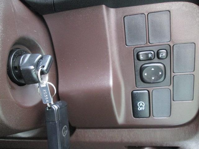 トヨタ パッソ X Lパッケージ・キリリ CDチューナー スマートキー