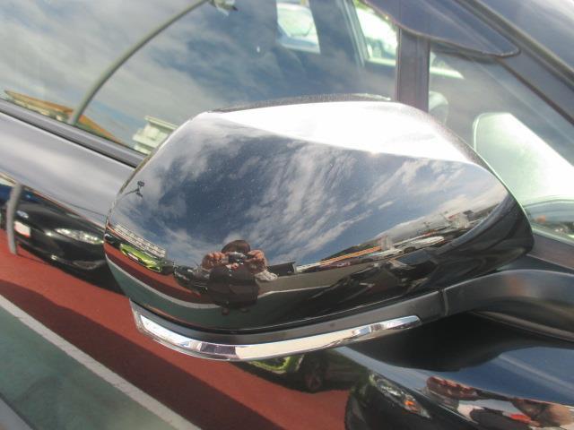 販売車両は全車ボディ磨きはもちろん、室内清掃・消臭からエンジンルーム洗浄までまるごとクリーニング!目に見えない汚れやニオイまで徹底的に洗浄しています!
