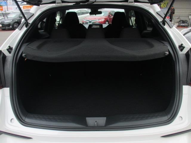 当店では車両検査証明書にて車体修復歴の有無や傷、へこみなども全て開示しています!