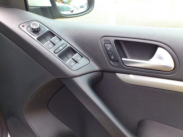 フォルクスワーゲン VW ティグアン TSIブルーモーション Rラインパッケージ 認定中古車