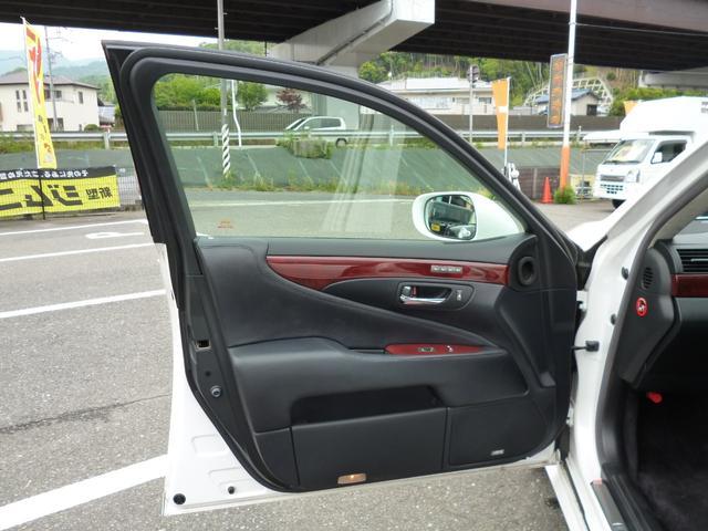 「レクサス」「LS」「セダン」「広島県」の中古車28