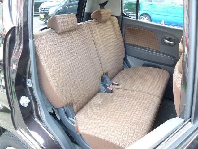 ◆12.後部座席はチャイルドロック機能付ドアに前後シート調整可能!