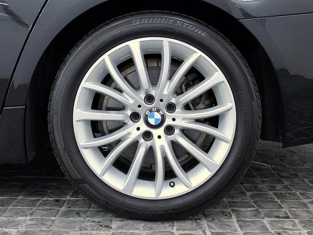 BMW BMW 523iツーリング ラグジュアリーOPLEDライト18AW