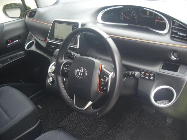 トヨタ シエンタ G 両側パワスラ LEDヘッド