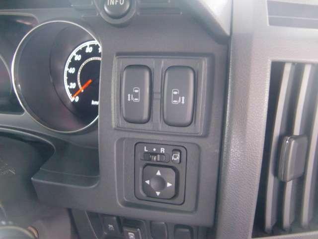 2.2 D プレミアム ディーゼルターボ 4WD(8枚目)