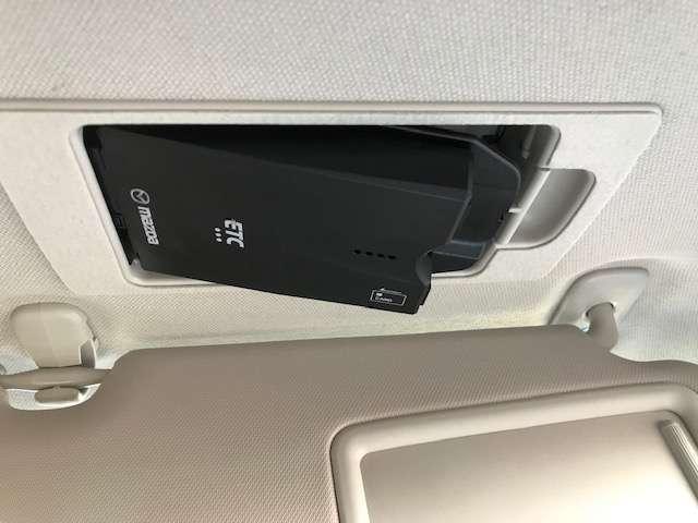 ETC車載器も装着されています。