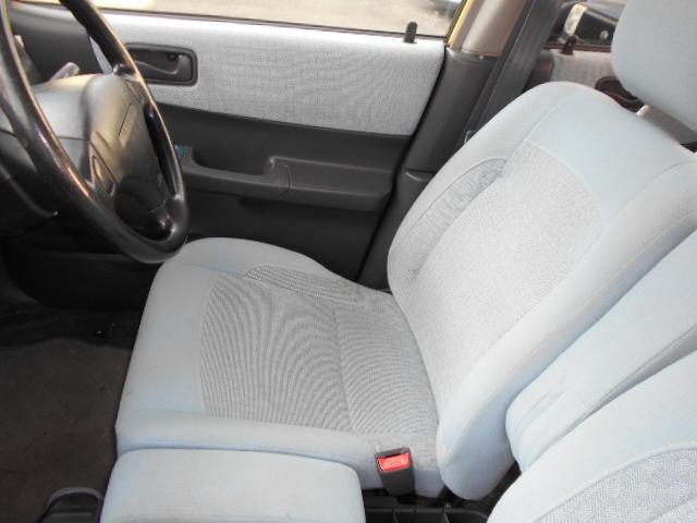 運転席モケットシートのプレオニコットです!