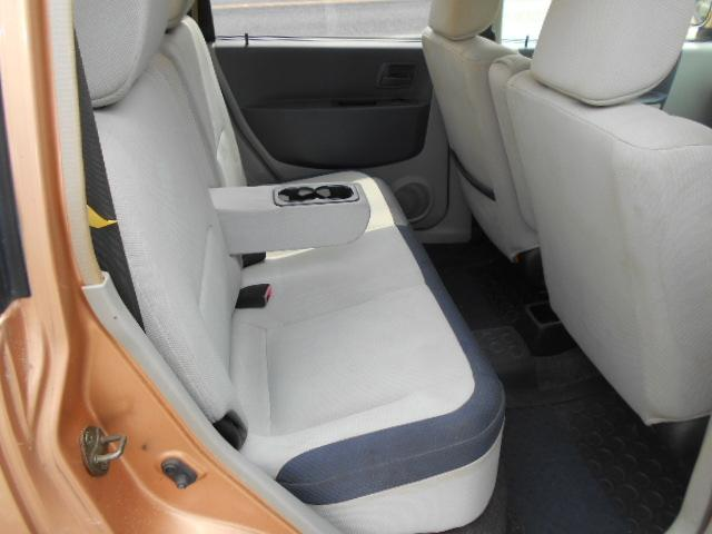 リアモケットシートドリンクホルダー付きで便利なEKアクティブ4WDインタークラー付きターボです!
