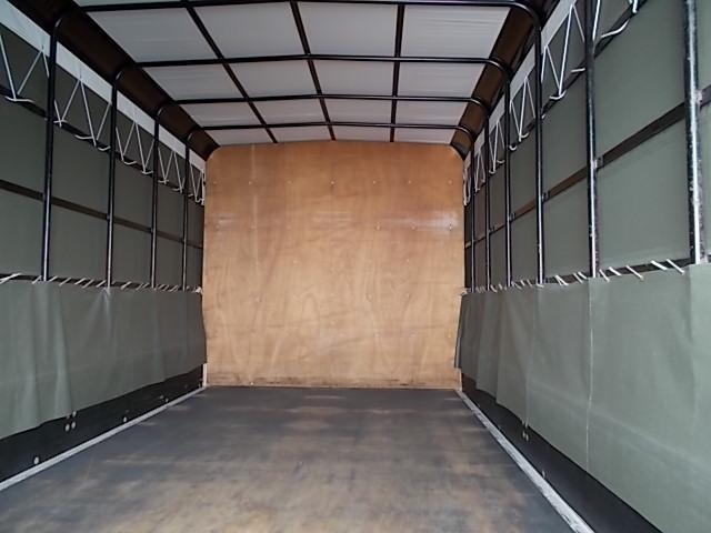 荷台の板もまだまだGooなNT450アトラスロングワイドです
