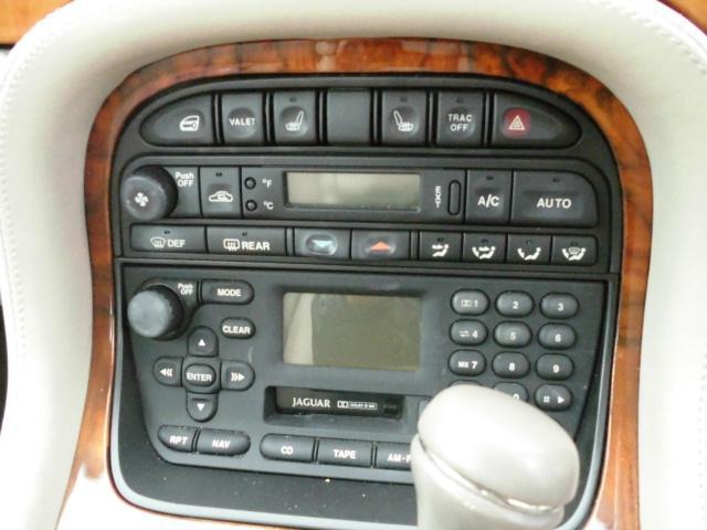 ジャガー ジャガー XJ エグゼクティブ4.0-V8 キーレス ETC CD