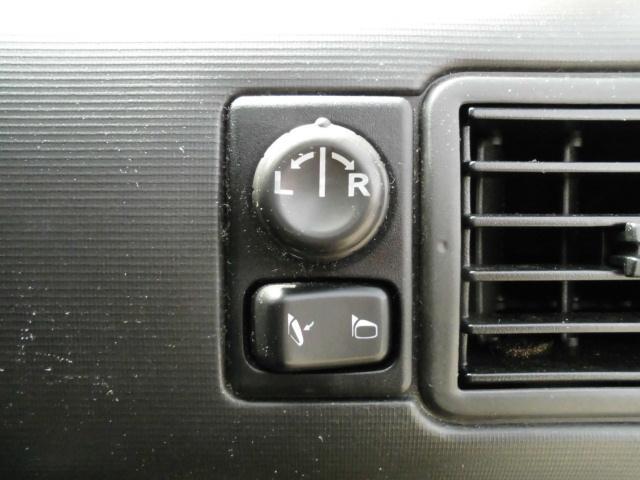 Xt 4WD キーレス CD アルミ(18枚目)