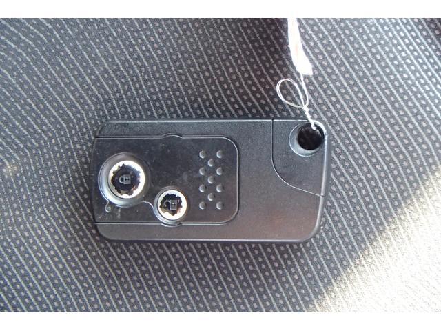 ホンダ フィット RSHDDナビTV HID スマートキー ETC Bカメラ