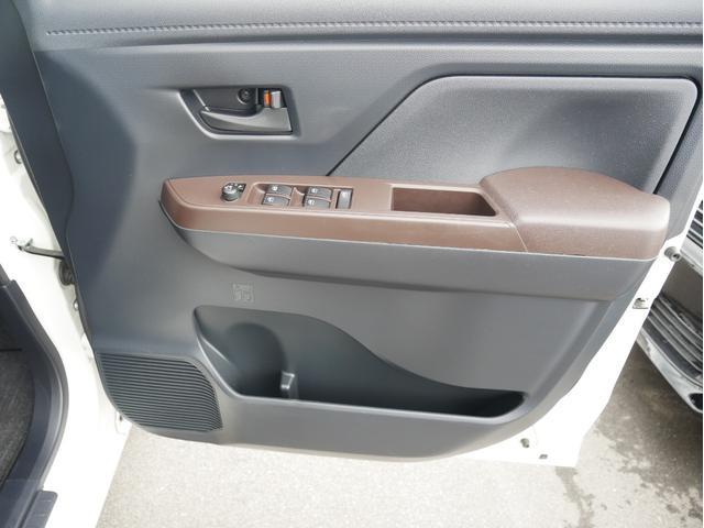 X S フリップダウンモニター HDMI&USB接続対応ナビ フルセグTV DVD再生 バックカメラ 衝突被害軽減ブレーキ=スマアシII搭載車 電動スライドドア Aパック/全国対応2年保証(39枚目)