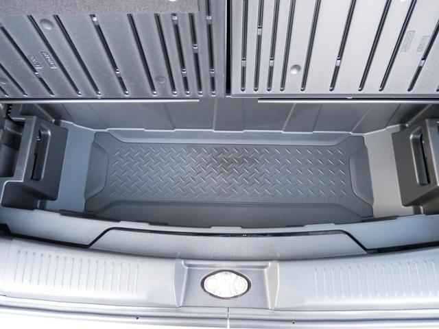 Jスタイル 届け出済み未使用車 Bluetooth対応ナビ フルセグテレビ DVDビデオ再生 USB接続可能 バックカメラ ビルトインETC フロアマット装着済み スズキ自動車全国対応メーカー保証付き(58枚目)