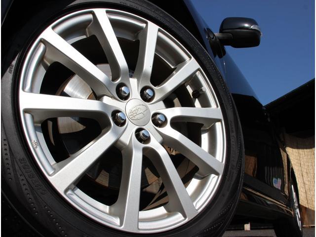 2.5iアイサイトBスポーツ Gパッケージ 4WD HID 17インチアルミ HDDナビTV バックモニター ETC スマートキー パワーシート 革巻きハンドル ハーフレザーシート 外ツイーター 外ドアスピーカー 外サブウーハー(12枚目)