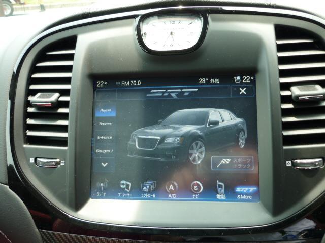 純正バックカメラ装備されております。駐車時も安心できますね。